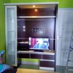 backdrop tv hpl minimalis bekasi - Pembuatan Backdrop TV Bekasi
