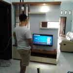 backdrop tv minimalis modern bekasi - Pembuatan Backdrop TV Bekasi